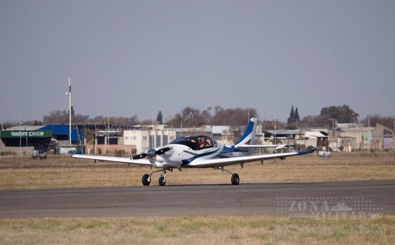 IA-100 FAdeA - Marca