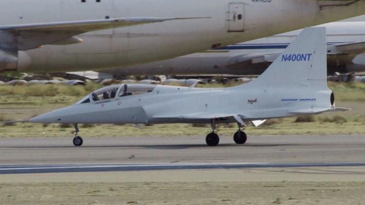 El Northrop Modelo 400