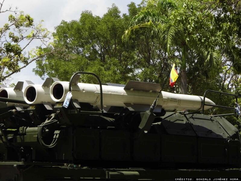 Maqueta 9M317E sobre TELAR. Imagen: Gonzalo Jiménez Mora.