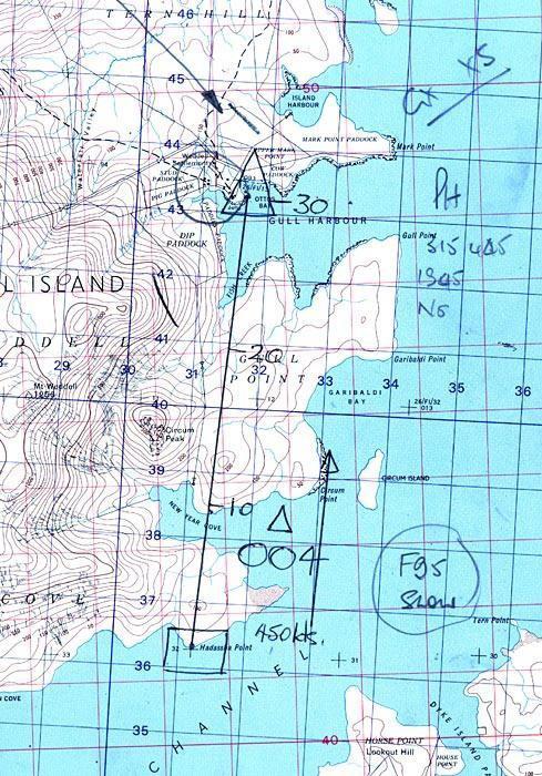 Reconocimiento armado en la pista de aterrizaje de Weddell Island. Imagen - RAF.