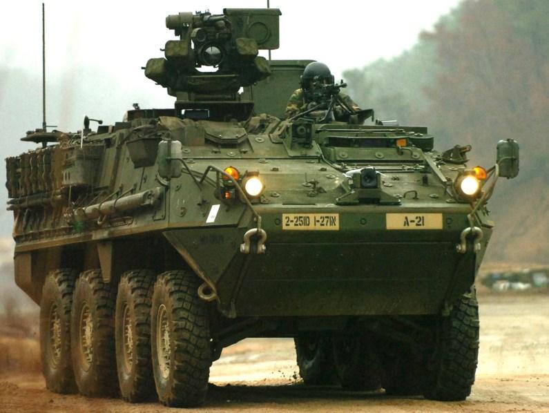 VCBR Stryker en su versión transporte de personal M1126. Imagen: US Army.