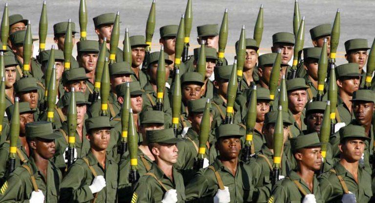 La decadencia de las fuerzas armadas cubanas