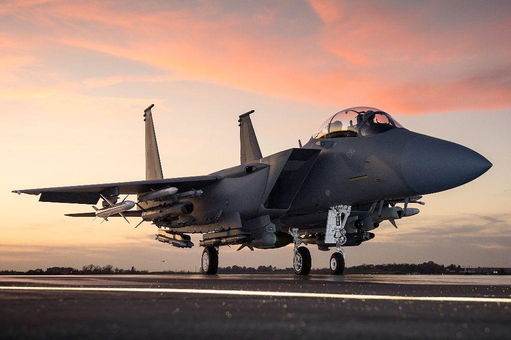 McDonnell Douglas F-15 Eagle  (caza táctico todo tiempo bimotor  USA ) CA-Dec-6-Pic-7-1024x682