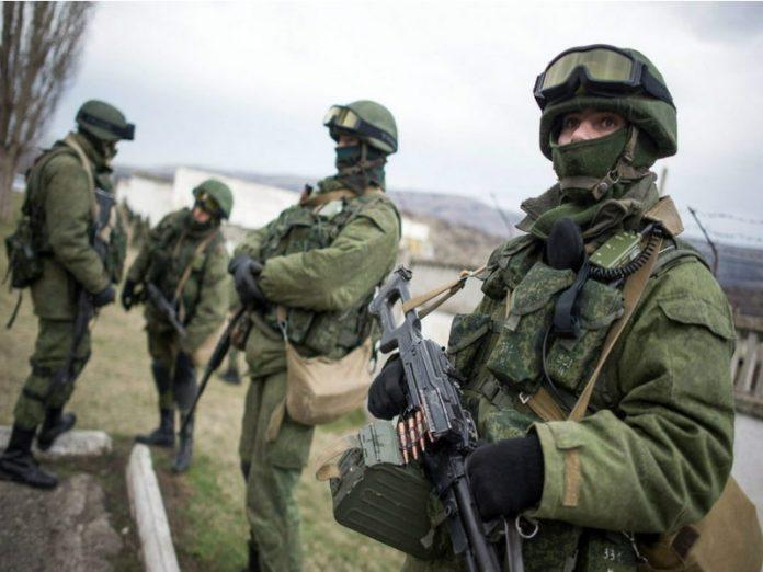 Ucrania destituye al presidente Yanukovich. Rusia anexa la Peninsula de Crimea, separatistas armados atacan en el Este. - Página 31 Entrega-de-armas-a-Ucrania-696x522