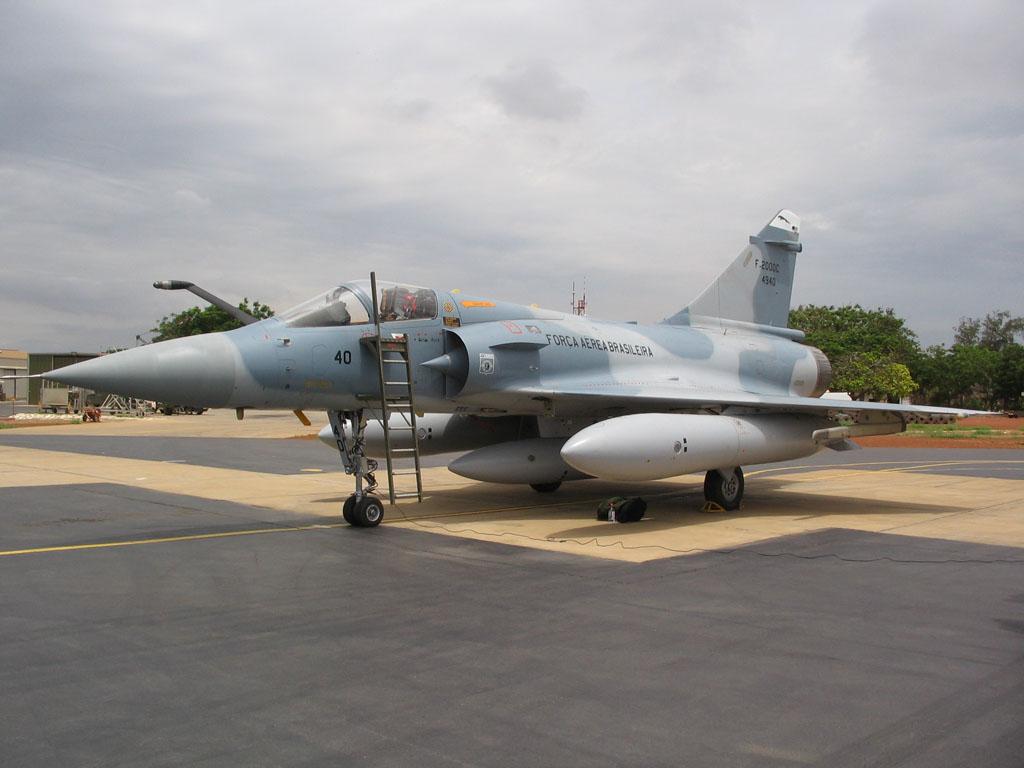 La Fuerza Aérea Brasileña Intenta Vender Sus Aviones Mirage 2000
