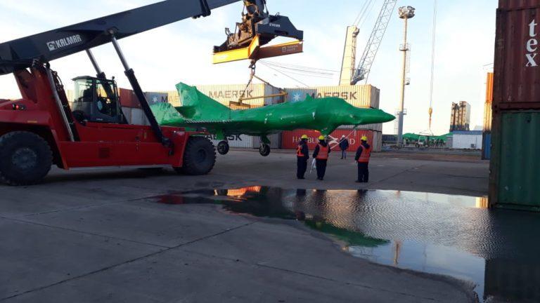 Fotografías de la llegada de los Super Etendard Modernizé a la Argentina