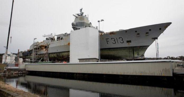 KNM «Helge Ingstad» regresó a la estación naval de Haakonsvern el 3 de marzo de 2019 (Crédito: Bendik Skogli, Fuerzas Armadas de Noruega)