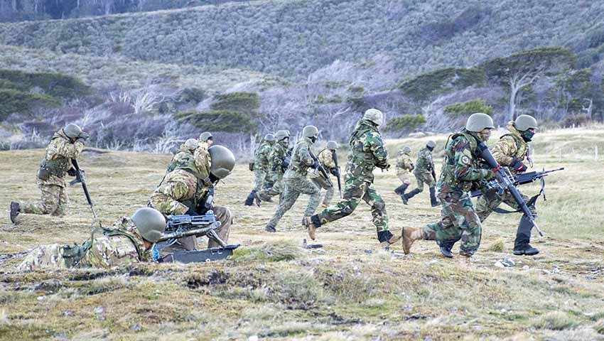 https://www.zona-militar.com/wp-content/uploads/2019/09/infanteria-de-marina.jpg